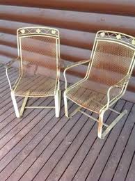 Vintage Woodard Patio Chairs by Maurizio Tempestini Salterini Clamshell Patio Chairs Gardens