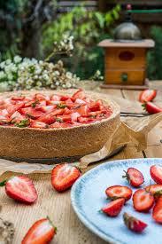 ein kuchen wie bei oma erdbeer schmandkuchen mit