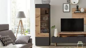 interliving wohnzimmer serie 2104 vitrine anthrazitfarbene lackoberflächen balkeneiche eine tür