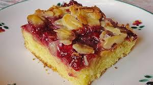 butterkuchen mit roter grütze