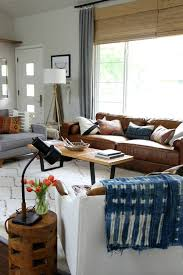 Dark Brown Sofa Living Room Ideas by Best 25 Leather Couch Decorating Ideas On Pinterest Living Room