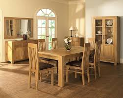 Traditional Oak Dining Room Table