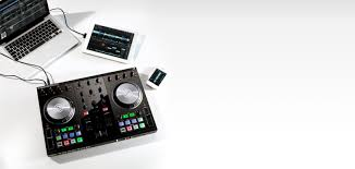 Traktor Remix Decks Vs Ableton by Traktor Dj Controllers Traktor Kontrol S2 Products