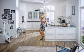 küche berlin küche mit kochinsel küche mit insel inselküche