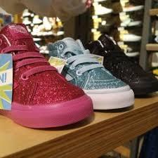 vans 16 reviews shoe stores 13901 beach blvd westminster
