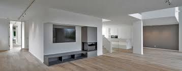 haus am hang modern wohnbereich düsseldorf stufe