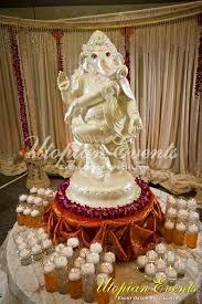 Wedding Entrance Table Decoration Ideas