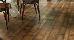 is vinyl flooring luxurious