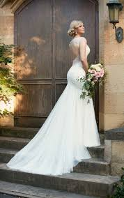 This Romantic Designer Fit And Flare Wedding Gown From Essense Of Australia Is Made French Tulle Over Matte Side Lavish Satin With Chandelier Style