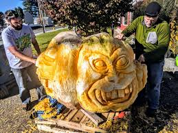 Atlantic Giant Pumpkin Growing Tips by Giant Pumpkin Shape Shifts Into 2 Headed Monster With Assist From