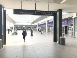 gatwick airport bureau de change green motion south terminal collection details