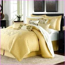 Buying Guide To Quilts Coverlets Bed Bath Beyond Inside Bed