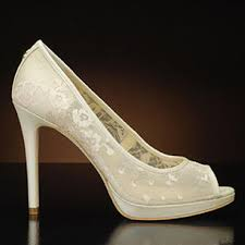 ivanka trump new in box off white satin and lace platform peep toe