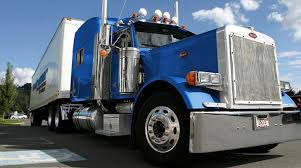 Roadrunner Avoids Stock Exchange Delisting | Transport Topics Truck Stop Pics From My Last Excursion 162011 Lease Purchase Trucking Companies In Arizona Best Truckstop 06222010 A Variety Of I80 Overton To Seward Ne Pt 7 Trucks On American Inrstates Drivers In Demand More Than Ever