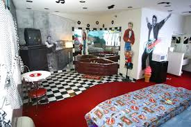 50s Style Bedroom Home Design