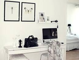 Ikea Besta Burs Desk by Best 25 White Gloss Desk Ideas On Pinterest High Gloss White