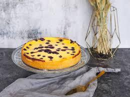 heidelbeer schmand kuchen loui bakery