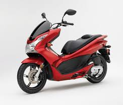 Honda PCX125 In Candy Apple Red