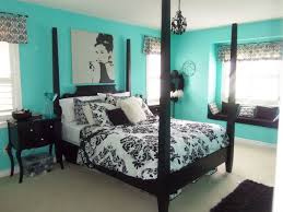 Paris Themed Girl Room Beautiful Design Ideas On How To Decorate A Bedroom Furniture Unique The Bed Made Of Black Wood And