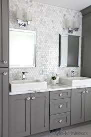 Diy Bathroom Vanity Tower by Best 25 Vanity Cabinet Ideas On Pinterest Bathroom Vanity