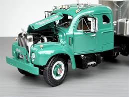 100 Pickup Truck Sleeper Cab Cliff Reads 125scale MidFifties Mack B61T With Integ Hemmings
