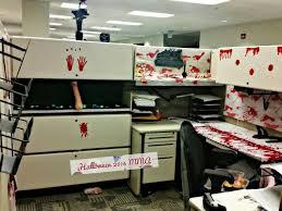 19 best desk cube images on pinterest halloween cubicle