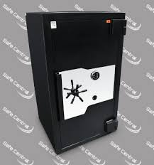 DOMINATOR SAFES FX 140 MAXIMUM SECURITY SAFE