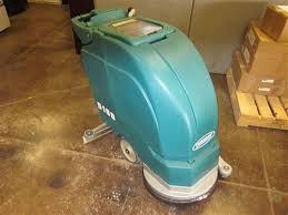 refurbished tennant 5100 17 battery powered floor scrubber