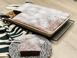 rotweinkuchen mit kirschen gebacken im ofenzauberer