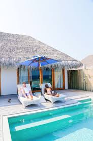 100 The Dusit Thani Arrival At In Maldives Hand Luggage Only
