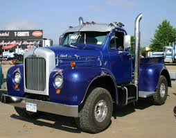 1959 Mack B-61 Pickup Truck, Would Buy This One For My Daddy Cause ...