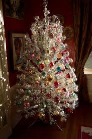 Evergleam Aluminum Christmas Tree For Sale by 400 Best Atomic Christmas Images On Pinterest Retro Christmas