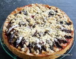 dessert aux quetsches recette tarte aux quetsches streusel à la cannelle c est de saison la