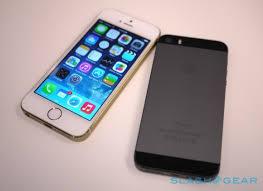 iPhone 5S vs 5C vs 4S battle for iOS 7 supremacy SlashGear