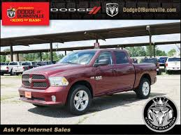 New 2018 RAM 1500 Express Crew Cab In Burnsville #N28626 | Dodge Of ... New 2018 Ram 1500 Express Quad Cab 4x4 64 Box For Sale Tampa Fl Sidney Used Dodge Vehicles For Fred Frederick Chryslerdodgejeepram Sale In Easton 2017 Ford F150 Xl 2wd Supercrew 55 Box Truck Crew Cab Short 1994 3500 Laramie Slt Box Truck Item D3658 Sol Super Duty F350 Srw 4wd At Stoneham Dodge 1996 Truck 59 Liter Cummins Diesel Engine Dually Highway Products Low Side Tool Alinumflatbedbyhighwayproducts800toolbox Flatbed Trucks 2008 Sxt Quad Regular With Tonneau 2005 Sprinter Mercedes Youtube 2019 Rebel Artesia 7807