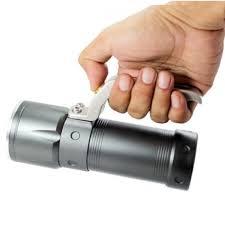 le torche led ultra puissante portée de plus de 500m avec une