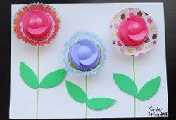 Simple Spring Crafts For Kids Laundry Lid Flowers