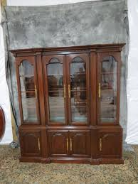 Henredon Breakfront China Cabinet by China Cabinets Breakfronts Archives Casey And Gram