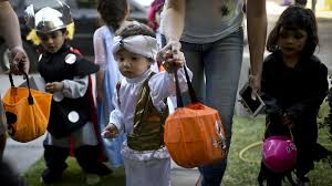 Best Halloween Candy To Give Out by How I Decided To Give Cash To Kids This Halloween Marketwatch