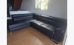 canapé cuir d angle canapé cuir d angle annonce meubles et décoration la réunion