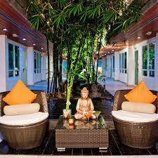 100 Palm Beach Outdoor Lounge Chair Contemporary Patio Chicago The Sanctuary South Miami FL Jetsetter