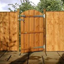 Decorative Garden Fence Panels Gates by Garden Fence Gate With T Trellis Over It I Like This As An Idea