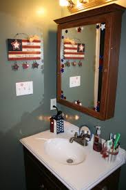 Seaside Bathroom Decorating Ideas by 65 Best Holiday Bathroom Decorations Images On Pinterest