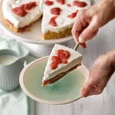 quark rhabarber torte