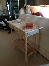 Diy Pallet End Table Tables