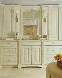 French Country Bathroom Vanity by 24 Best French Country Bathrooms Images On Pinterest French