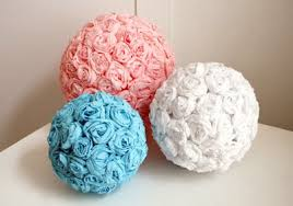 Put Rolls Of Crepe Paper To Good Use Try Out These Tutorials For Your Next Party If You Have Tons Time On Hands That Is