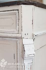 How To Paint Furniture To Look Antique Best 25 Distressing Painted