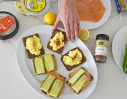 Sydne Style Shares Easy Lunch Ideas With Gg Cracker Tartines
