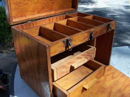 Tool Box Dresser Ideas by Best 25 Tool Box Ideas On Pinterest Work Shop Garage Roll Away